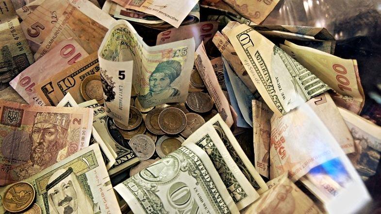 Обмен валюты за рубежом. Будет ли это выгодно?, фото-1