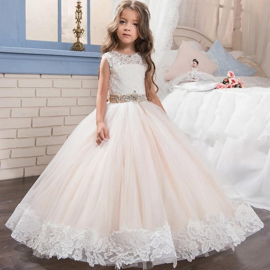 edf756e44524239 Мы предлагаем широкий выбор нарядов для девочек в возрасте от 1 до 15 лет.  Абсолютно все бальные платья – изделия ручной ...